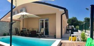 Zasebna hiška z bazenom na istrski obali